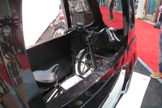virtue pedalist electric trike door