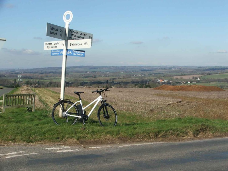 Cotswold Ebike tours