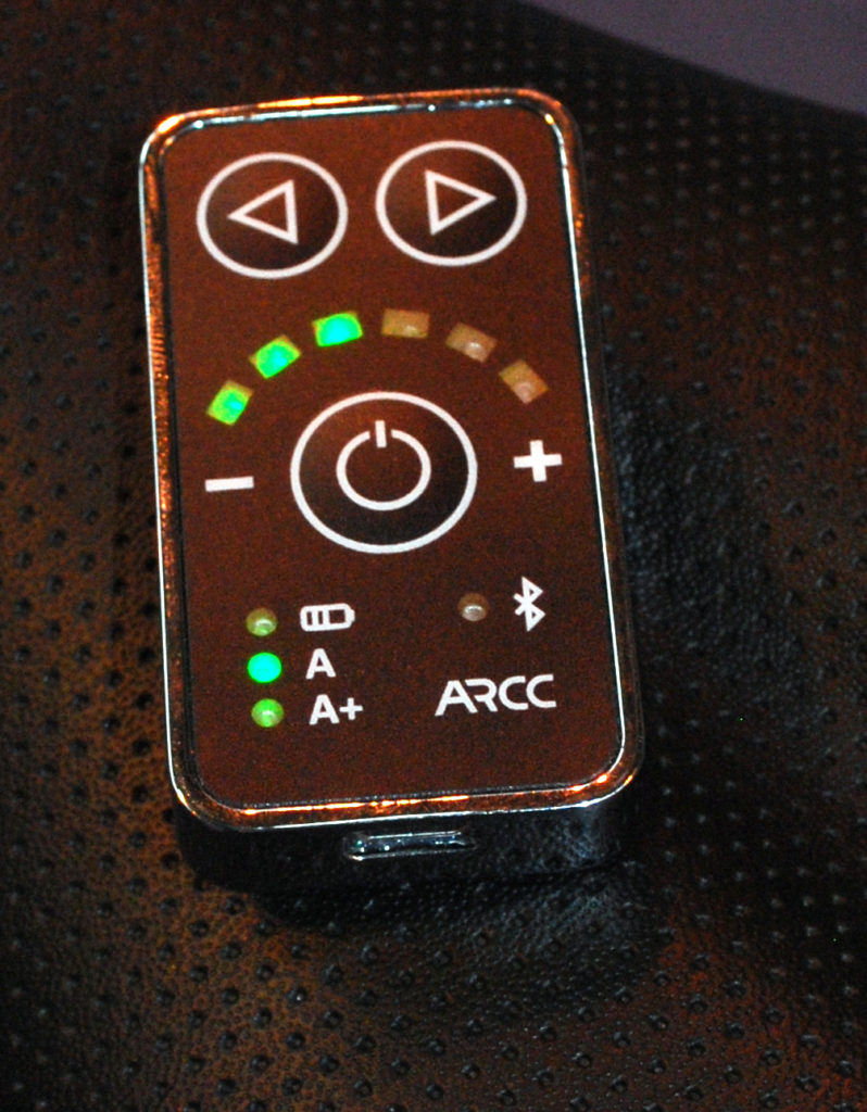 18-arcc-sleek-wireless-handlebar-control