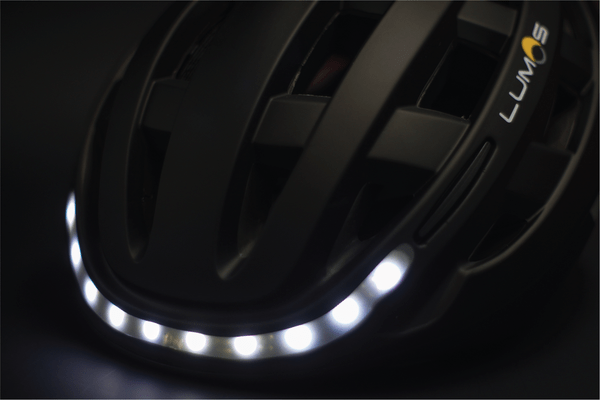 lumos-smart-helmet-front-lights