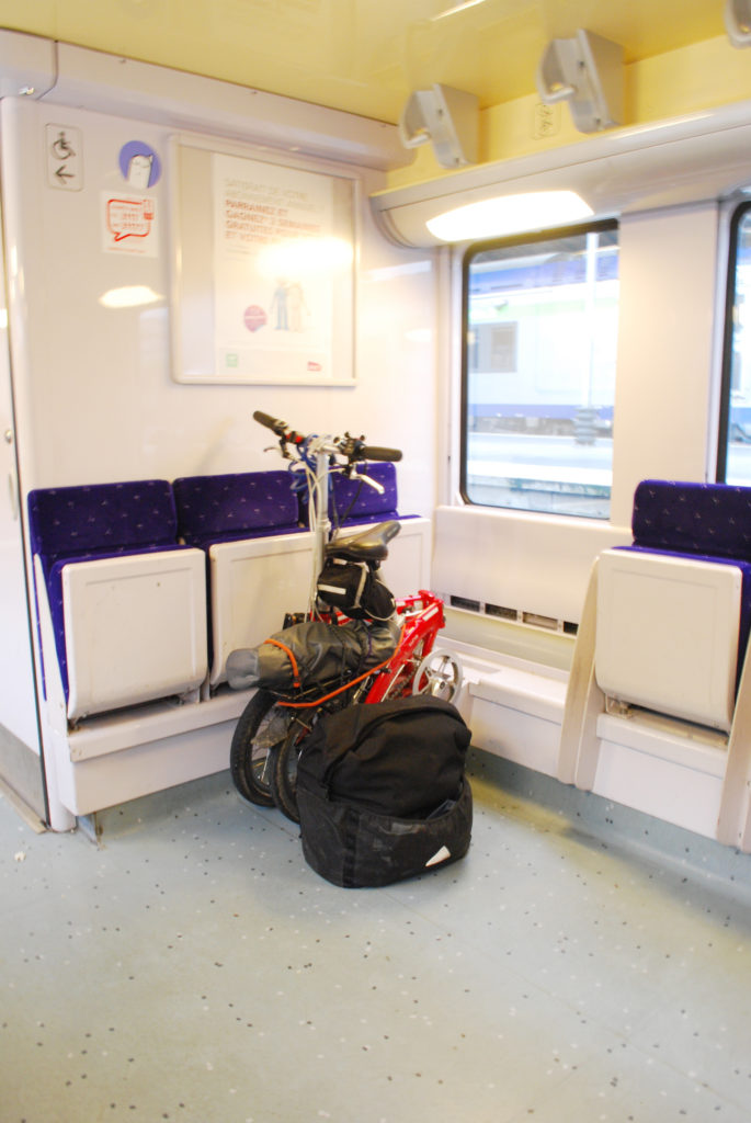 plenty-of-space-on-local-french-trains