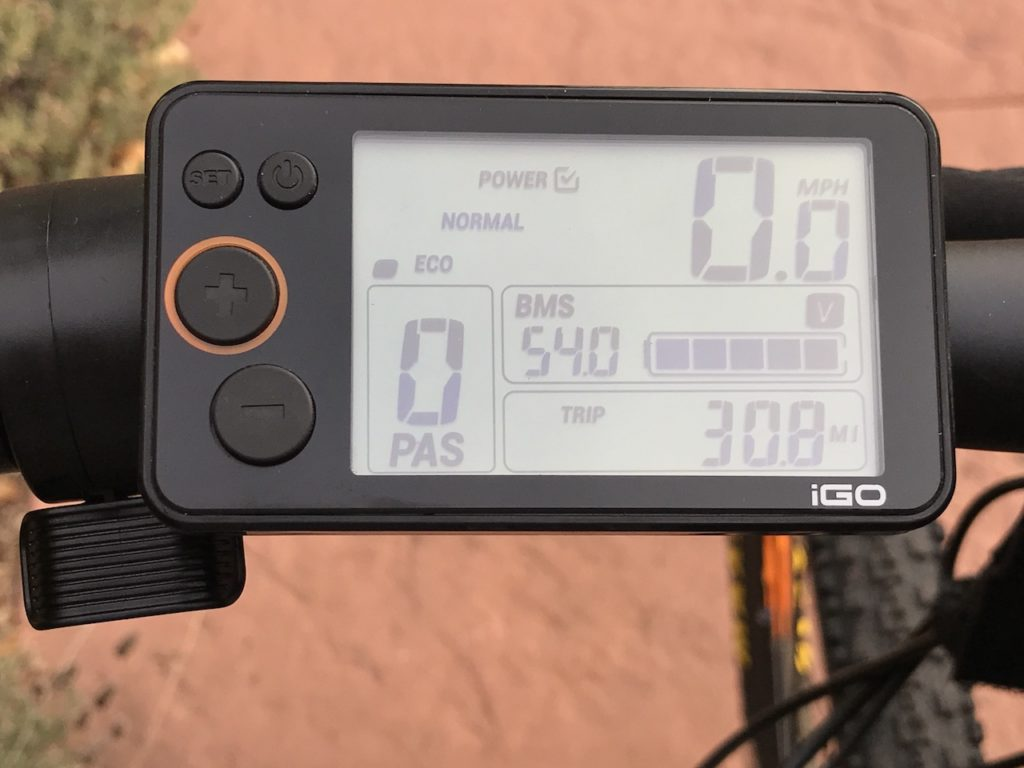 igo-m29r-electric-mountain-bike-display