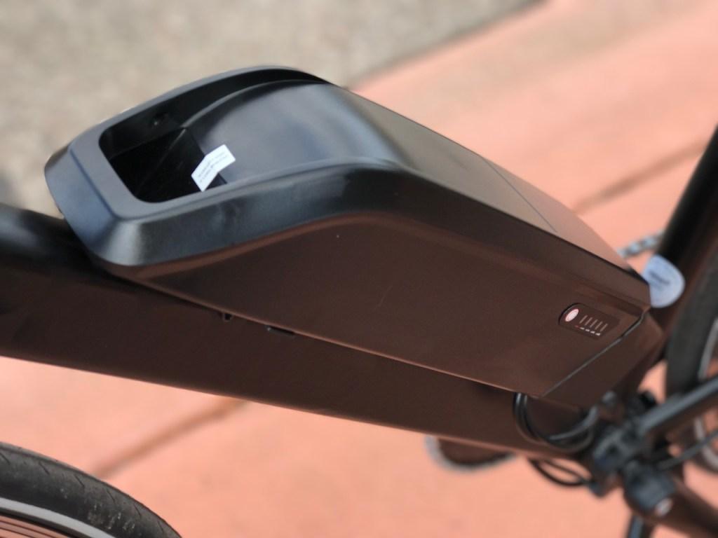 populo-sport-electric-bike-battery-left
