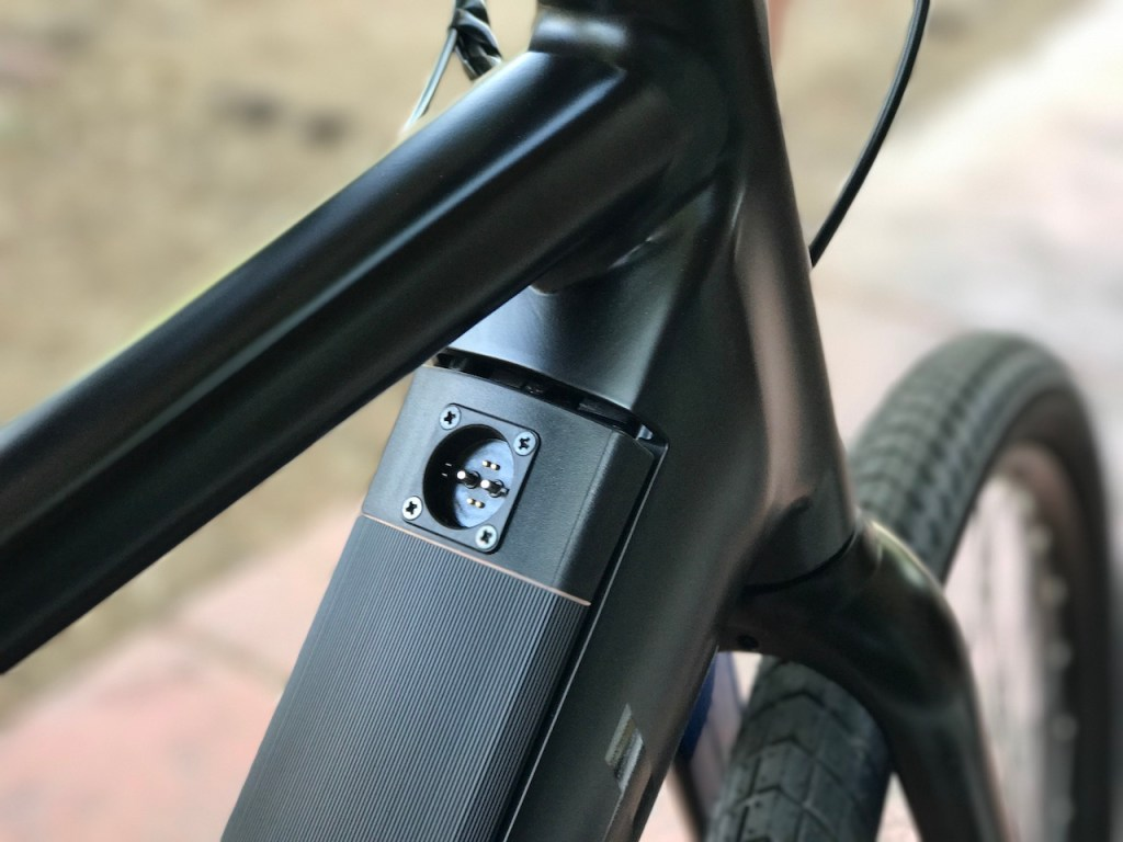 Raleigh Redux iE electric bike charging port 1