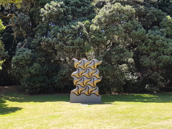 Sculpture celebrating the impact Ninjas had on the development of Auckland