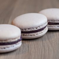 Blueberry macarons