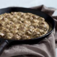 Swedish meatballs with cream sauce