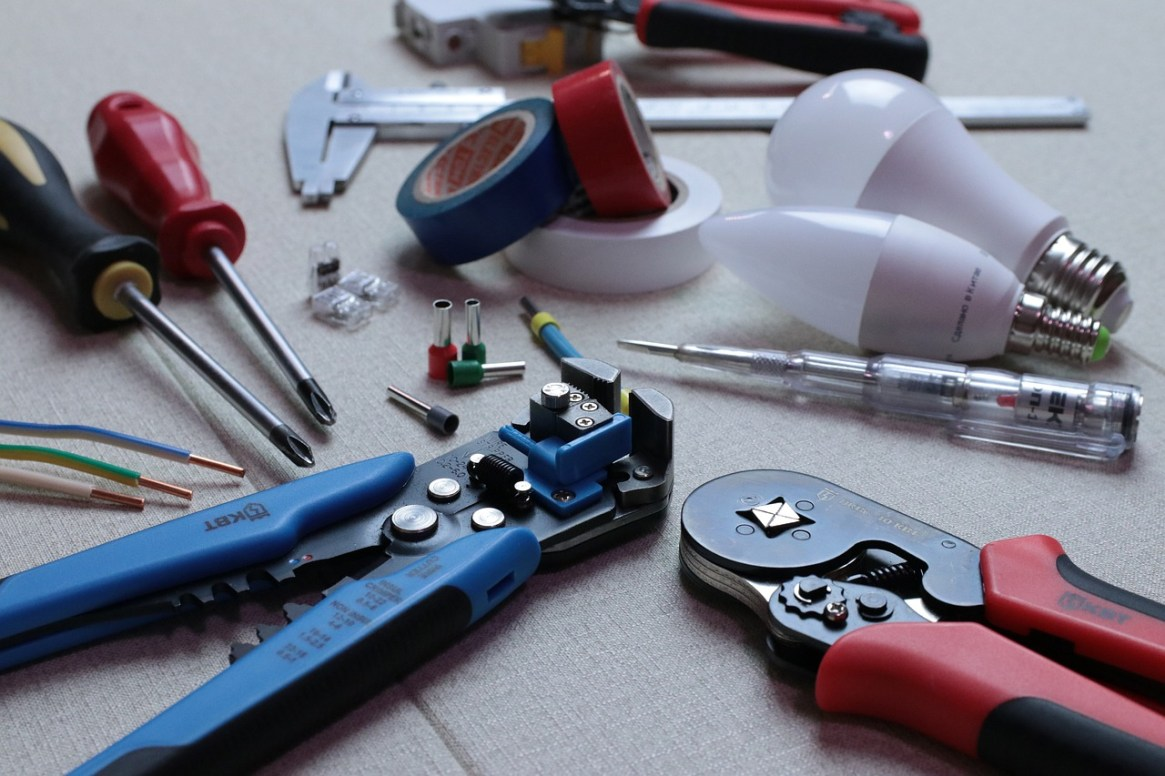 a picture of some electrician tools