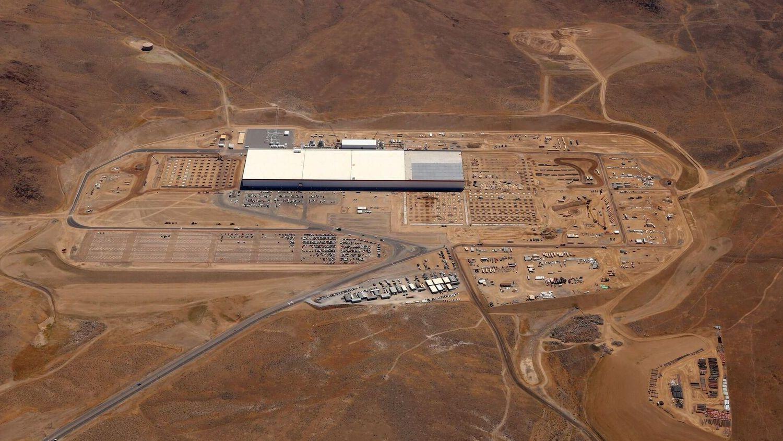 Taking one of the first public walks through Tesla's Gigafactory with Elon Musk — Quartz