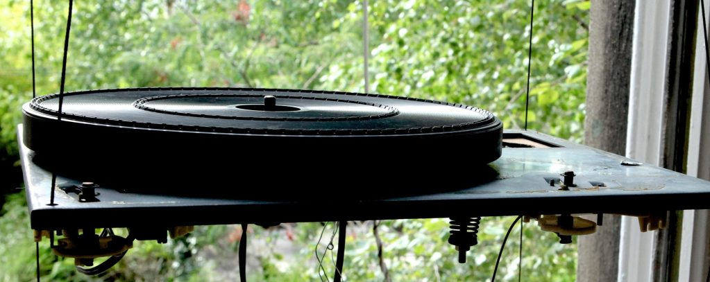 Preamp,phono, stage, plinth,Buying a Thorens, TD 160, restoration,Thorens, turntable, vintage, vinyl, TD 145, motor, Dustcover, dust, cover, tone, arm, tonearm