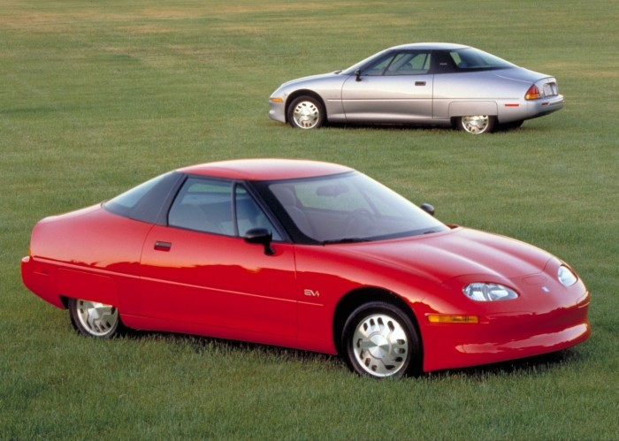 GM EV 1 primul automobil electric modern produs in serie mare