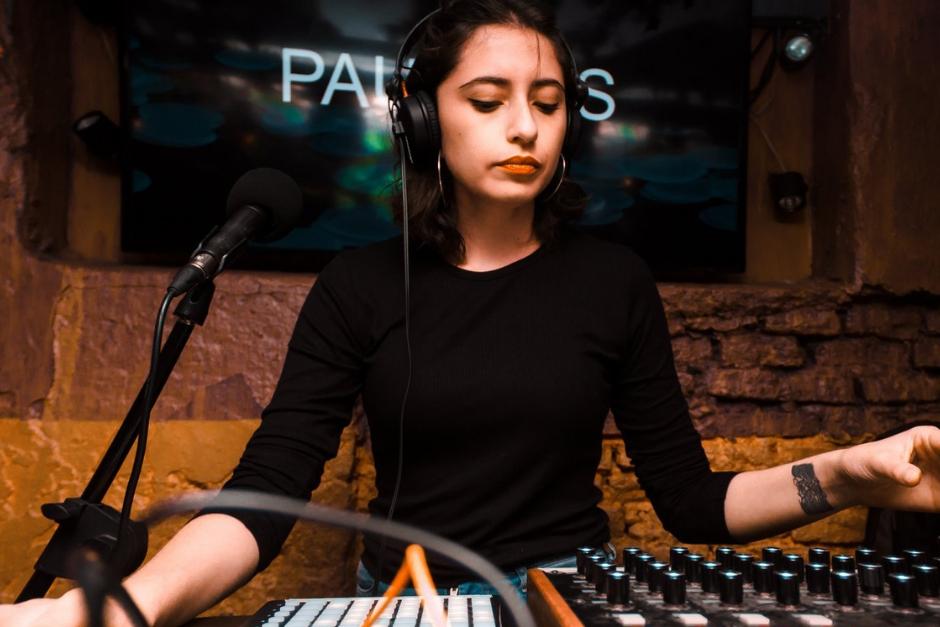 """Paula OS: """"Lo Que Me Gusta Del Live Set Es Que Podés Hacer Lo Que Quieras"""""""