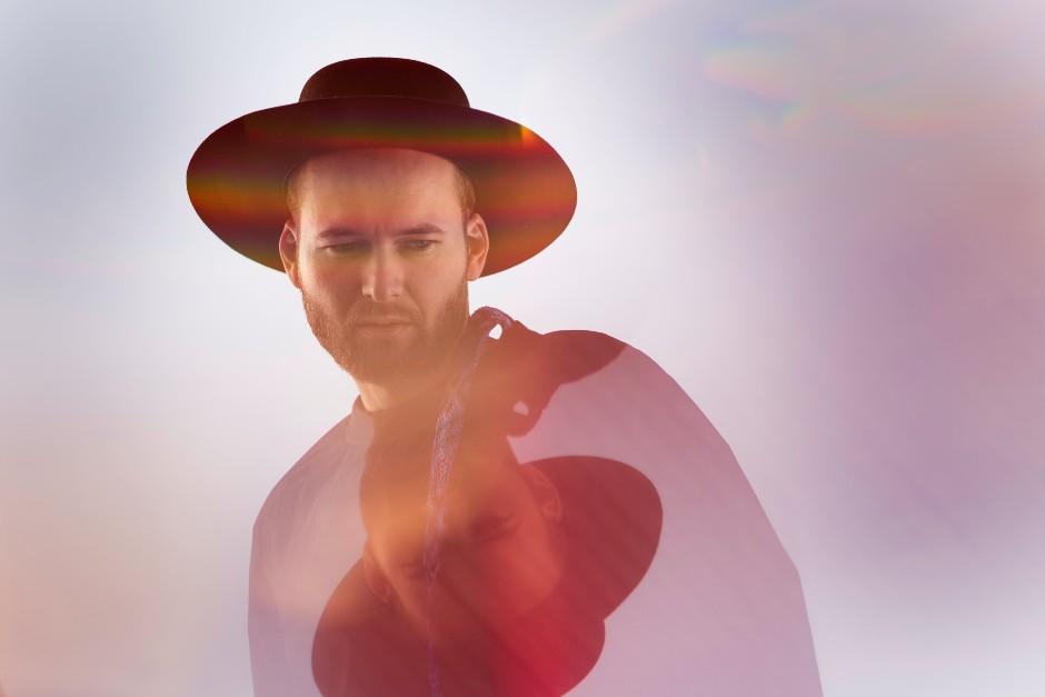 Monolink Shares New Single, 'Sinner'