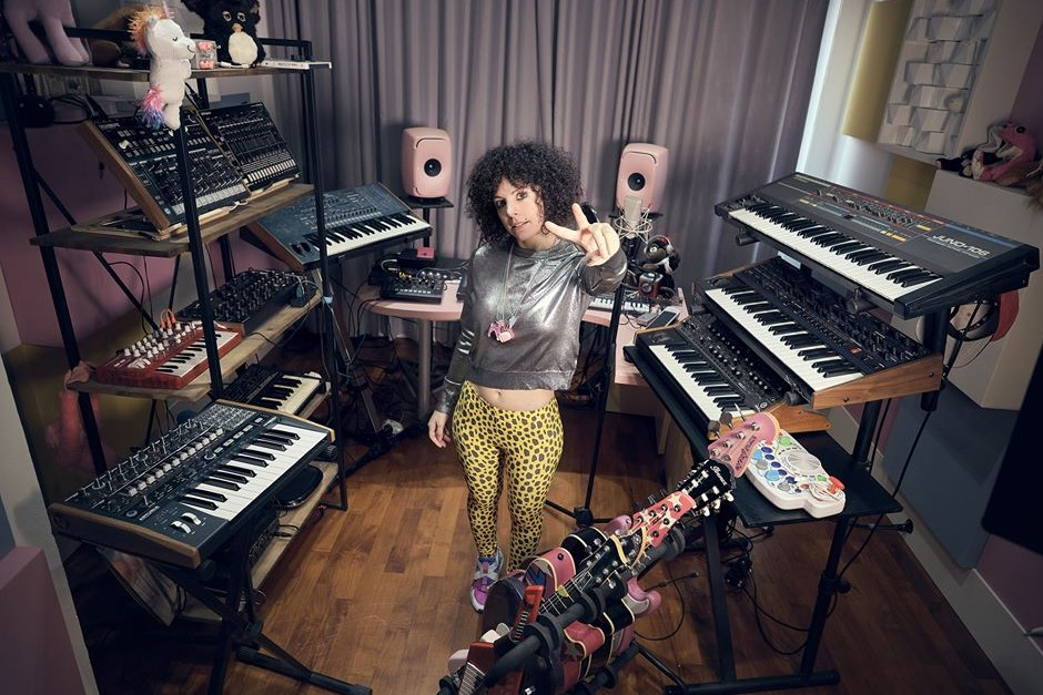 Giorgia Angiuli Shares 5 Tips On Vocal Recording And Processing Tips