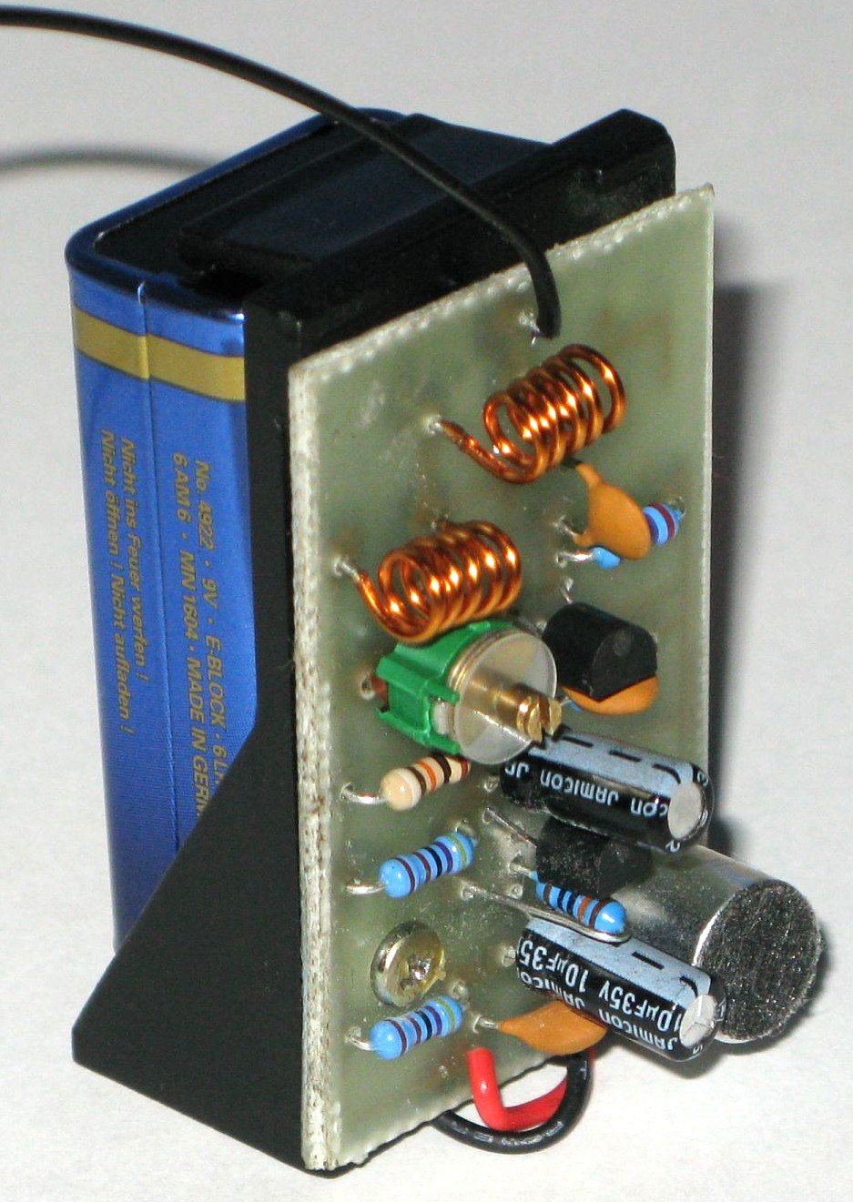 https://i1.wp.com/electronics-diy.com/schematics/1268/portable-fm-transmitter.jpg