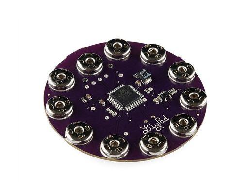 LilyPad الشكل(1): أردوينو من نوع