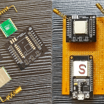 LoRa communication with ESP32 & RFM95 real-time demonstration.