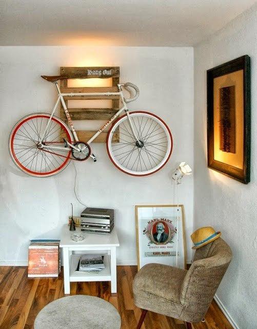 велосипед дизайн интерьера хранение велосипеда на настенном креплении