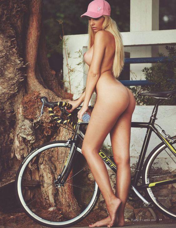Playboy велоэротика