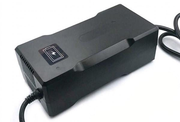Зарядное устройство (обзор)