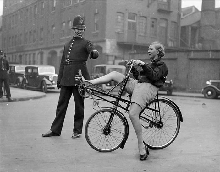 необычный старинный велосипед