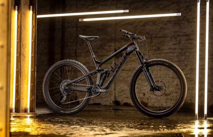 Электрический велосипед Trek Slash 9.9 XO1