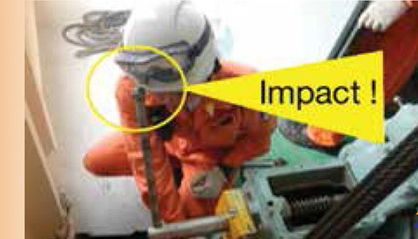 Maintenance of ship elevator, not follow procedure and failure