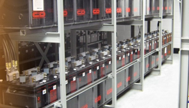 Implementation and benefits battery pack solutions on shipping industry