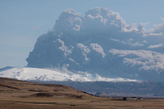 Eyjafjallajokull volcano 2010