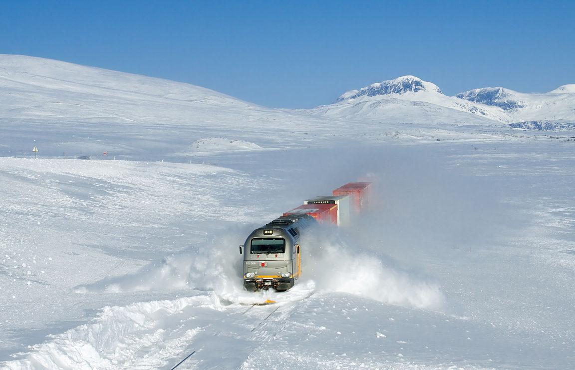 Die Schneemasse auf der Nordhalbkugel stieg um 300 Gigatonnen über den Durchschnitt der letzten 30 Jahre