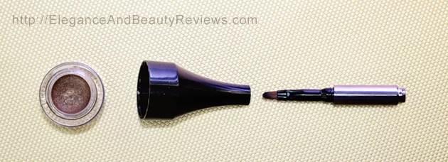LORAC PRO Metallic Cream Eyeliner Review - Brush taken apart