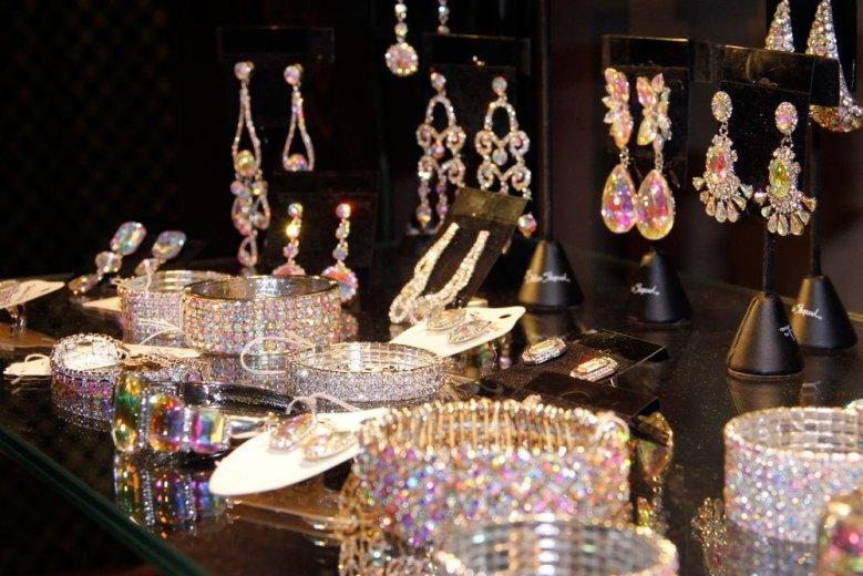 Prom and Formalwear Jewelry