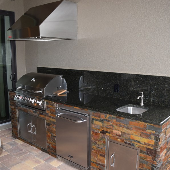Rock selections (with corners) - Elegant Outdoor Kitchens