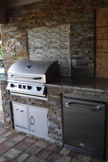 Outdoor Kitchen Construction