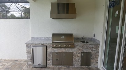 Custom Outdoor Kitchen Design & Construction of Southwest Florida