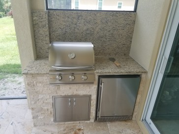 The Blaze components used in the kitchen were Blaze 25 3-burner Built-in Grill, 25 double access door, 5.2 CU FT refrigerator and trim kit