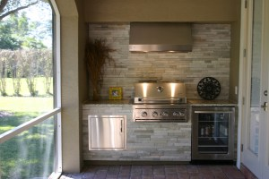The stacked stone is Kayla Shimla White and paired with a Dallas White granite