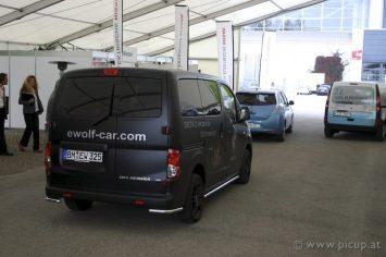 Der deutsche Entwickler E-Wolf mit seinem Transporter - leider war e-Wolf heuer mit einem fast schon zu klein geratenen Messestand vertreten.