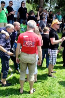 ZOE T-Shirt und Lederhose