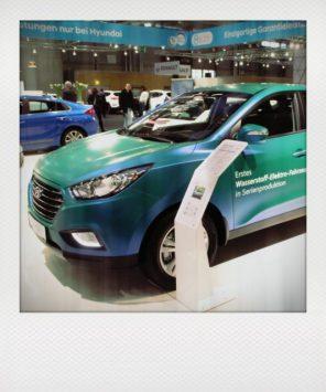 Einziges Wasserstoff-Elektroauto auf der Messe - wird bereits in Serie produziert. Hyundai ix35 Fuel Cell.