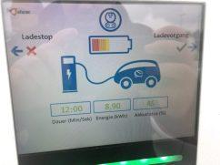 Hyundai Ioniq Elektro lädt
