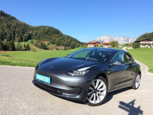 Tesla Model 3 Elektroautor_01