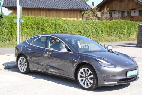 Tesla Model 3 Elektroautor_04