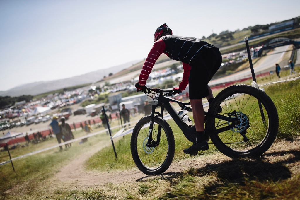 A new Specialized Turbo Levo FSR on course. Photo: Stephen Lam/Element.ly