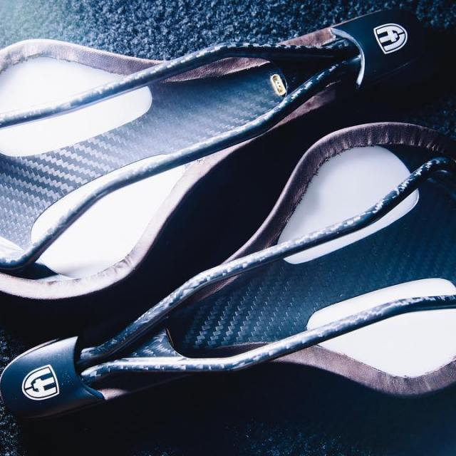 There are heat moldable insoles and shoes but now landyachtzbikeshellip