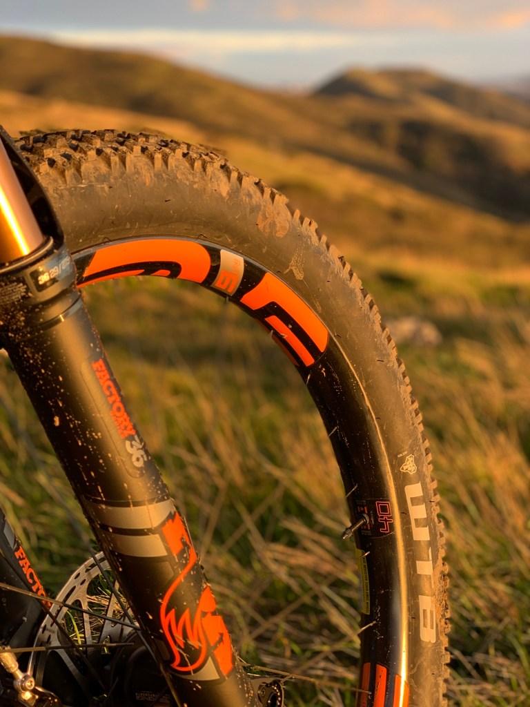 Mountain Bike Mayhem » Element ly
