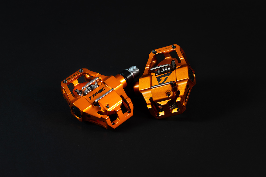Time Speciale 8 Enduro clipless platform pedal ATAC orange