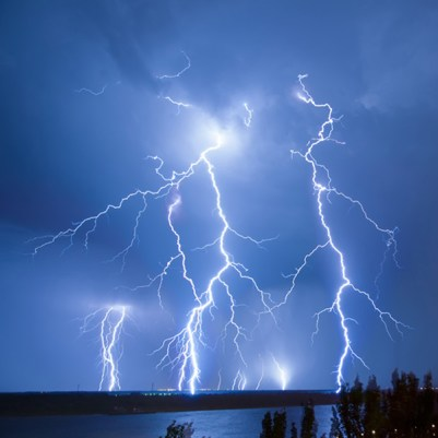 tormenta.electrica.history