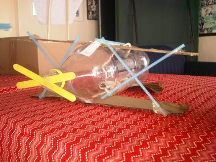 We started the wek by creating model boats to try out on the vlei, this was a water plane...