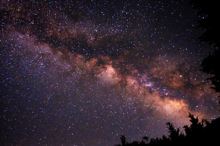 夜空の星々